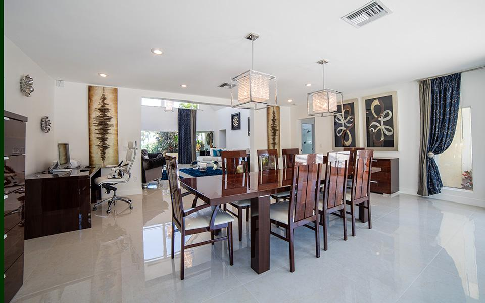 Villa Lara, Delray Florida - Golden Coast Real Estate Villa for sale