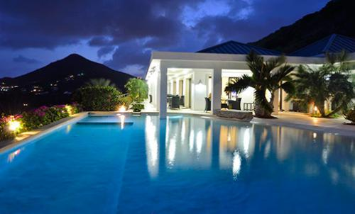 Villa Movina St.Maarten - at night